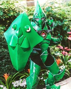 Awesome and creative cosplays of Pokemon. Found in anime geek conventionד worldwide. Pokemon Moon, Pokemon 20, Pokemon Cards, Pokemon Gijinka, Pokemon Fusion, Male Cosplay, Best Cosplay, Cosplay Costumes, Cosplay Ideas