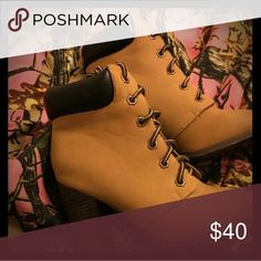 Boot high heela Bran new never worn size 7 Barbie Shoes Combat & Moto Boots
