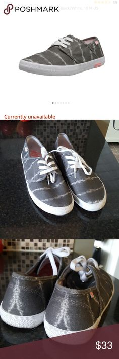 Roxy shoes Gray and white shoes. Good condition, only work a few times and realized they were too to small for me. They are a 10 and I usually wear a 10.5 so they are actually true to size. Roxy Shoes
