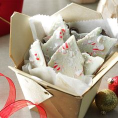Lime-in-the-Coconut Almond Bark Recipe Christmas Bark, Homemade Christmas, Christmas Desserts, Christmas Baking, Christmas Treats, Christmas Cookies, Christmas Recipes, Christmas Foods, Holiday Baking