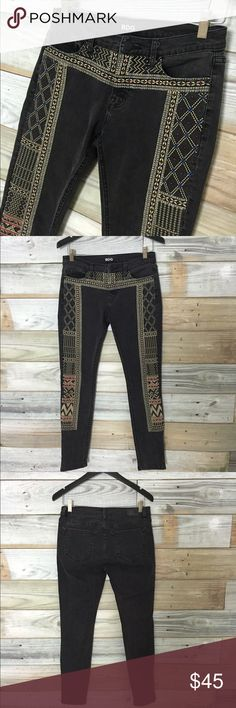 {BDG} Twig Mid-rise Skinny Jean; Scarf-Embroidered These BDG twig mid-rise skinnies are INCREDIBLE, & if they fit you can bet your buttons I'd not be listing them! In like new condition--worn maybe 1-2 times, these beauties feature beautifully intricate tribal/Aztec-style embroidery down outside of both pant legs & across front-waist area. Thread in white, light yellow, blue, & red gives these such a cool bohemian/moto-chic vibe. Denim is dark charcoal grey, & cut is skinny ankle. These will…