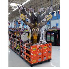 Popon | Image Gallery | Scary Halloween Candy Tree