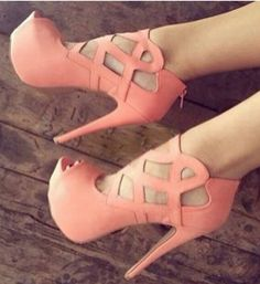 Awesome Crissy Crossy Coral Stilettos