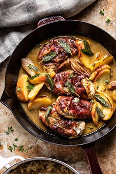 Prosciutto Apple and Sage Butter Chicken with Cider Pan Sauce. - Half Baked Harvest Decor Style Home Decor Style Decor Tips Maintenance home Fall Recipes, Dinner Recipes, Prosciutto Wrapped Chicken, Sage Butter, Apple Butter, One Skillet Meals, Gula, Cooking Recipes, Healthy Recipes