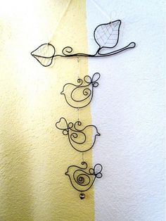 33 awesome wire crafts to do cool things .- 33 awesome wire crafts to do cool things … - Wire Crafts, Crafts To Make, Jewelry Crafts, Arts And Crafts, Wire Wrapped Jewelry, Wire Jewelry, Jewellery, Sculptures Sur Fil, Wire Jig