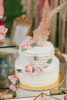 Ονειρεμένη βάπτιση κοριτσιού με ρομαντικό στυλ - EverAfter Romantic Girl, Macrame, Cupcake, Wedding Decorations, Cakes, Desserts, Design, Tailgate Desserts, Deserts