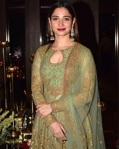 Tamanna Hot Images, Fashion Clothes, Fashion Outfits, Indian Wedding Gowns, Bollywood Designer Sarees, Diwali Party, Bridal Photoshoot, Muslim Dress, Party Wear Dresses