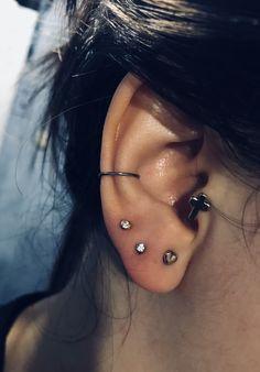 Ear Piercings, Tragu