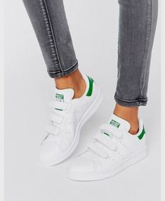 low priced 87835 b4028 Shop adidas Originals White And Green Velcro Stan Smith Unisex Sneakers at  ASOS.