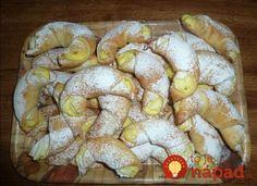Picture of Recept - Vynikající křehké rohlíčky Slovak Recipes, Czech Recipes, Kiflice Recipe, Fruit Roll Ups, Bread And Pastries, Sweet Cakes, Desert Recipes, Snacks, Amazing Cakes