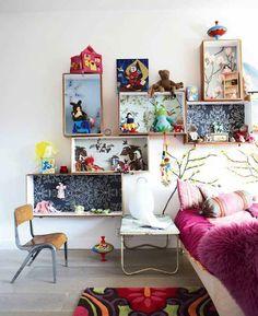 DIY kids room shelving made of drawers