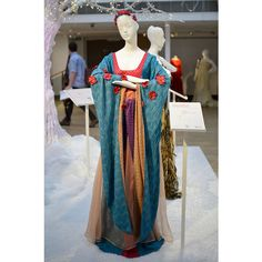 These Stunning Disney Princess Inspired Couture Gowns Are Up For... ❤ liked on Polyvore featuring medieval and medieval gown