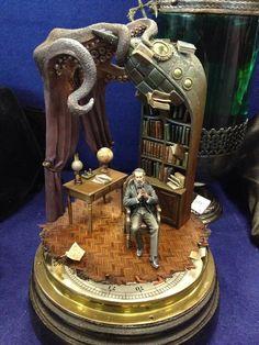 'emporioefikz: Jules Verne' Amazing Lovecraftian sculpture. ♥