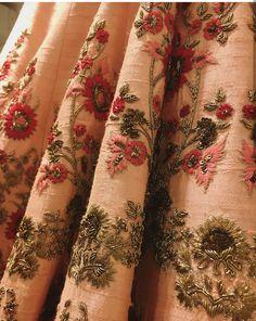 Resham Embroidery on lehenga Zardosi Embroidery, Hand Work Embroidery, Embroidery Suits Design, Couture Embroidery, Indian Embroidery, Embroidery Fashion, Hand Embroidery Designs, Embroidery Patterns, Indian Designer Outfits
