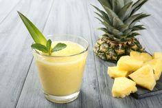 En plus d'être un fruit diurétique et désintoxicant, l'ananas se caractérise par sa teneur en vitamines C, B1, B6 ainsi qu'en acide folique et en minéraux comme le sodium, le potassium, le calcium, le magnésium, le manganèse et le fer.
