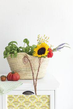 Korbtasche Leather Handles XS von TineKHome, ideal für Deine Gemüse- und Blumeneinkäufe ♥