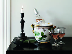 Pure luxury - the Flora Danica hand painted products gives a feeling of quality and good hand craft.