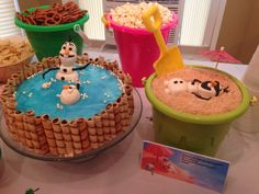 Olaf in the hot tub cake and sand pudding with sunbathing Olaf :)