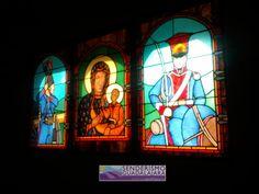 Detalle de la Vidriera que decora la ermita de Somosierra (provincia de Madrid)