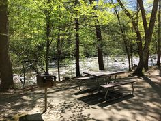 Slow down your day and take time to enjoy a #Picnic in the #Smokies. #VisitSevierville