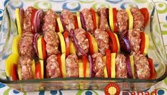 Mäsové guľky so zeleninou z jedného pekáča - Receptik. Pork Tenderloin Recipes, Food 52, Main Dishes, Sausage, Food And Drink, Dinner, Baking, Lifestyle, Decor