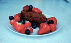 Du treng berre å kunne laga to kaker. Eg meiner, når folk ber deg laga ei kake til ei eller anna anledning, så veit dei som regel kva…