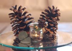 pinecones centrepiece Pinecone Centerpiece, Centerpieces, Table Decorations, Christmas Candle Holders, Deco Table, Pine Cones, Pumpkins, Candles, Autumn