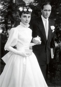 Audrey Hepburn's wedding to Mel Ferrer in Balmain wedding dress, 1954