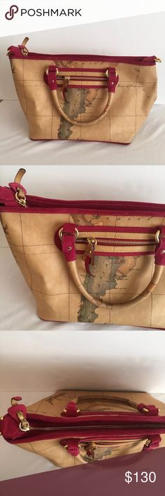 Alveiero Martini 1A Classe Bag Suede Lining Map Alveiero Martini 1A Classe Bag Tote Red Suede Lining Map Purse  • Alverio Martini 1A Classe  • Map printed  • Red suede lining  • Euc 9x16x8 Alviero Martini Bags Totes