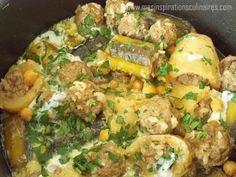 Dolma courgettes et pommes de terre farcies a la viande hachée et arrosée de sauce blanche parfumée a la cannelle.