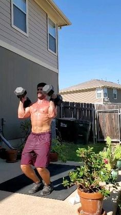 Dumbbell Workout At Home, Full Body Hiit Workout, Gym Workout Videos, Gym Workout For Beginners, Workout Routine For Men, Easy Workouts, Cleaning Schedules, Cleaning Checklist, Shoulder Workout