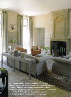 BOSC ARCHITECTES - MICHEL SEMINI paysagiste - SOPHIE BOSC décoration - bastide salon cheminée