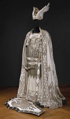 """ein-bleistift-und-radiergummi: """"Alfred Roller Costume Design for 'Lohengrin' 1927 worn by Leo Slezak. """""""