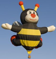 ~ bee hot air balloon yes please! ~