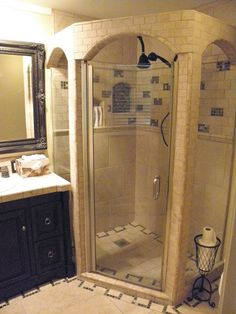 beautiful restroom idea for small space