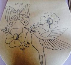 Free Motion Embroidery, Embroidery Motifs, Machine Embroidery, Embroidery Designs, Hawaiian Quilt Patterns, Hawaiian Quilts, Bird Drawings, Easy Drawings, Flower Art Drawing
