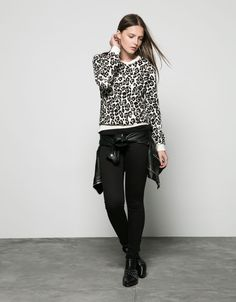 85565ae64f Bershka Bosnia and Herzegovina online fashion for women and men - Buy the  lastest trends. all over animal print ...