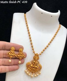 Matte pendant chain INR 1060 / set plus shipping Direct message us for orders and queries Online payment mode (No COD) . Gold Temple Jewellery, Fancy Jewellery, Gold Wedding Jewelry, Bridal Jewelry Sets, Gold Jewelry, Gold Bangles Design, Gold Jewellery Design, Jewelry Design Earrings, Happy Girls