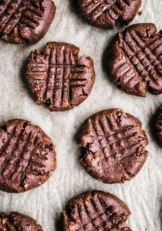 Flourless Chocolate Peanut Butter Brownie Cookies