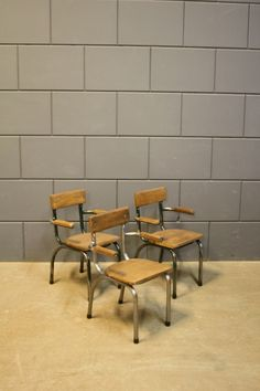 Best of the Past- Industrial vintage school chairs, TUBAX from the 1950s, Belgium. Beautiful solid wood & polished metal frame, perfect for toddlers!