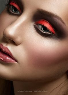 Bold make-up = bold personality!!!