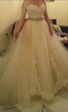 Lazaro 3251 10: buy this dress for a fraction of the salon price on PreOwnedWeddingDresses.com