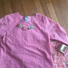 Talbots 3/4 sleeve Top This preloved Talbots 3/4 length sleeve, lined top is extremely comfortable.  Talbots is known for timeless, effeetless style that can take you from day into night. TRADES Talbots Tops