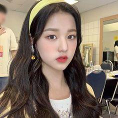 ★ — 𝚓𝚊𝚗𝚐 𝚠𝚘𝚗𝚢𝚘𝚞𝚗𝚐 𝚒𝚌𝚘𝚗𝚜⭑ 𝚕𝚒𝚔𝚎/𝚛𝚎𝚋𝚕𝚘𝚐 𝚒𝚏. Japanese Girl Group, Ulzzang Girl, One And Only, Kpop Girls, Yuri, Drop Earrings, Female, Hair Styles, Pretty