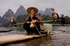 42 fotografias impressionantes da raça humana (8) Pescador Cormorant no rio Li