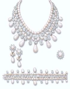 'THE GULF PEARL PARURE'  A UNIQUE AND MAGNIFICENT NATURAL PEARL AND DIAMOND PARURE, BY HARRY WINSTON