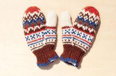 剛剛逛 Pinkoi,看到這個推薦給你:情人節 限量針織純羊毛保暖手套 / 羊毛手套 / 露趾手套 / 內刷毛手套- 森林風北歐費爾島圖騰 - https://www.pinkoi.com/product/eqb7WSCL