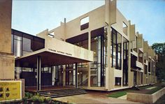 the Original Guthrie Theatre designed by Ralph Rapson http://lakesnwoods.com/images/1960s.70.jpg