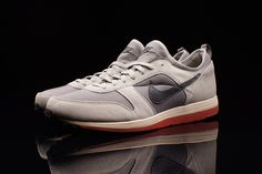 Nike Archive 75 - Light Charcoal