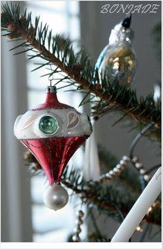 Vintage ornaments, my favorite...